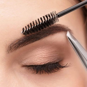 Eyelash and Eyebrow Courses